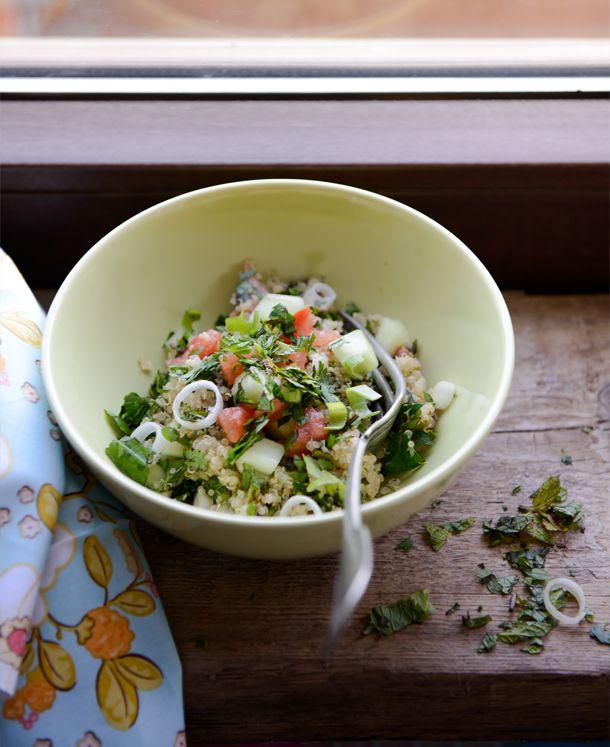 Quinoa tabbouleh - gluténmentes saláta recept álgabonával
