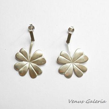 Koniczynka duża biała - kolczyki srebrn #fashionshopping#kolczyki#koniczynka#wwwgaleria.sklep.pl#happy