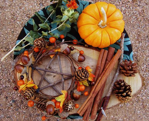 gathering things for a Mabon altar on saturday! made the pentacle wreath this afternoon, and started working on a wand. cannot wait for saturday!