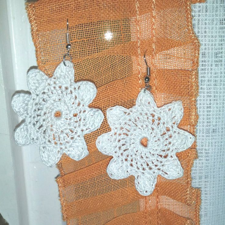 Orecchini a uncinetto forma di fiore, by Amore e Passione, 6,00 € su misshobby.com