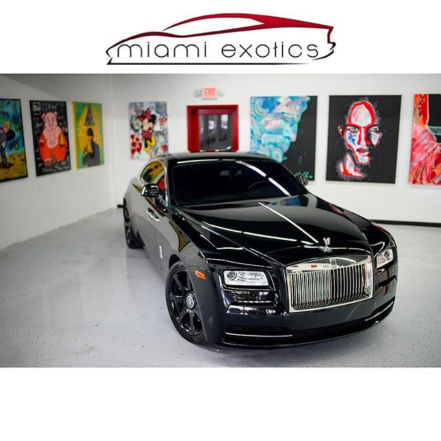 1000 ideas about rolls royce rental on pinterest rolls royce rolls royce wraith and bently car. Black Bedroom Furniture Sets. Home Design Ideas