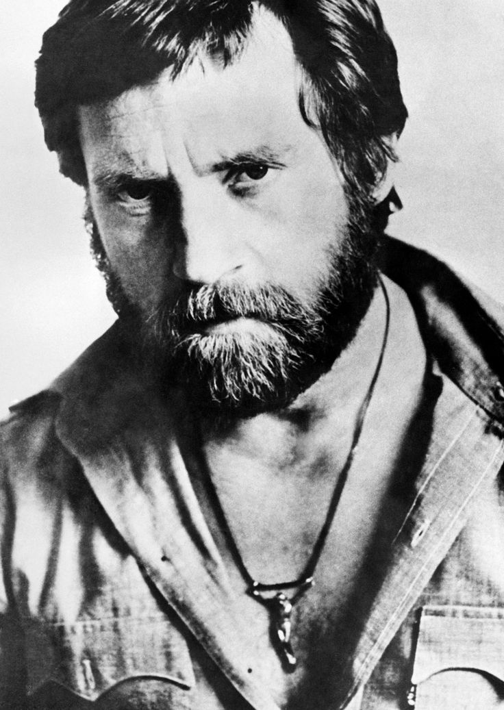 Vladimir Vysotsky. Аctor, singer, poet - the love of Russia