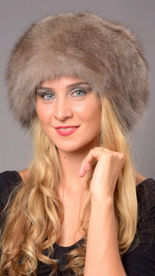 Cappello classico in autentica pelliccia di volpe grigia naturale  www.amifur.it