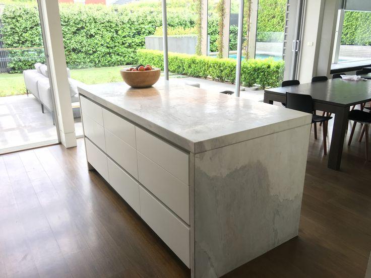 Beautiful Elba White dolomite features in this stunning family home by @neilarchitecture .  #cdkstone #elba #elbawhite #elbawhitedolomite #elbamarble #elbadolomite #naturalstone #naturalbeauty #naturesmasterpiece #kitchenlove #kitchendesign #kitcheninspiration #designinspiration