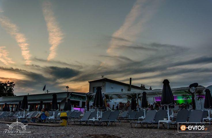 Thea Thalassa lounge Beach bar, στη Ν. Χιλή, στην #Αλεξανδρούπολη.