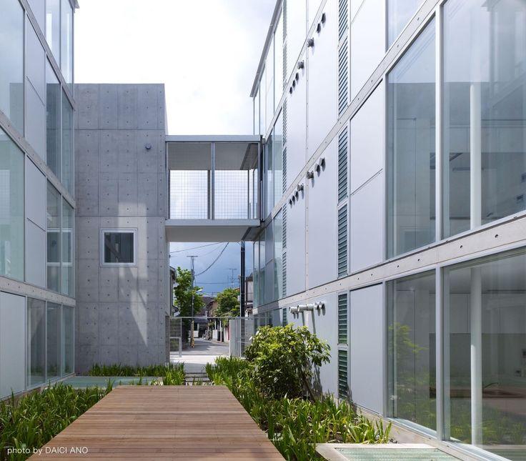 Yutenji Apartments / architecture WORKSHOP