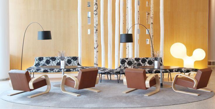 Tempo tufted rug in Hilton Helsinki airport hotel lobby