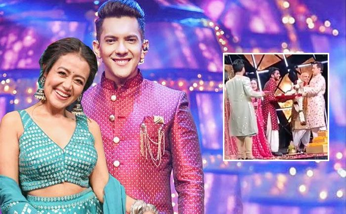 Neha Kakkar Aditya Narayan To Take Pheras On The Sets Of Indian Idol 11 In 2020 Indian Idol Neha Kakkar Legendary Singers