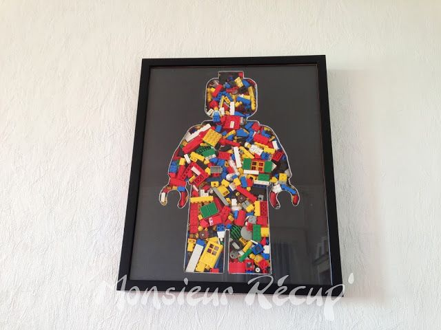 Neat idea for a Lego shadow box!  Great for all those little pieces that don't seem to go with any sets!