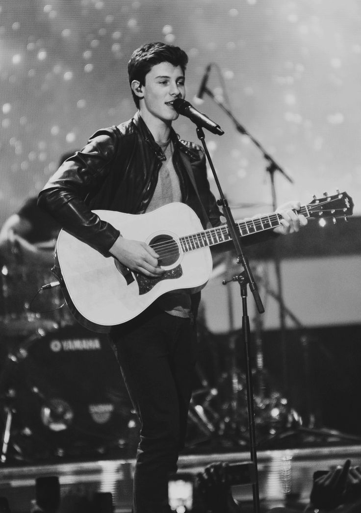 idk why but i love black and white pictures of shawn