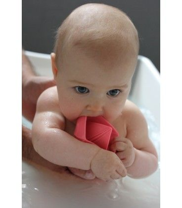 Oli & Carol Natural Rubber Origami Boat Bath Toy PINK. Made from 100% hevea rubber, no holes for bacteria to hide and grow! Chewable and squishable!
