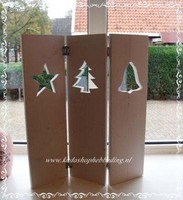 Drieluik recht met kerstbel,kerstboom en kerstster