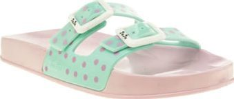 Juju Jellies Light Green Erin Womens Sandals Were going dotty for the sugary sweet Erin Polka Dot Pool Slide from JuJu Jellies. The pastel pink moulded footbed features light green double straps with purple polka-dot print. Branded white buckles http://www.comparestoreprices.co.uk//juju-jellies-light-green-erin-womens-sandals.asp