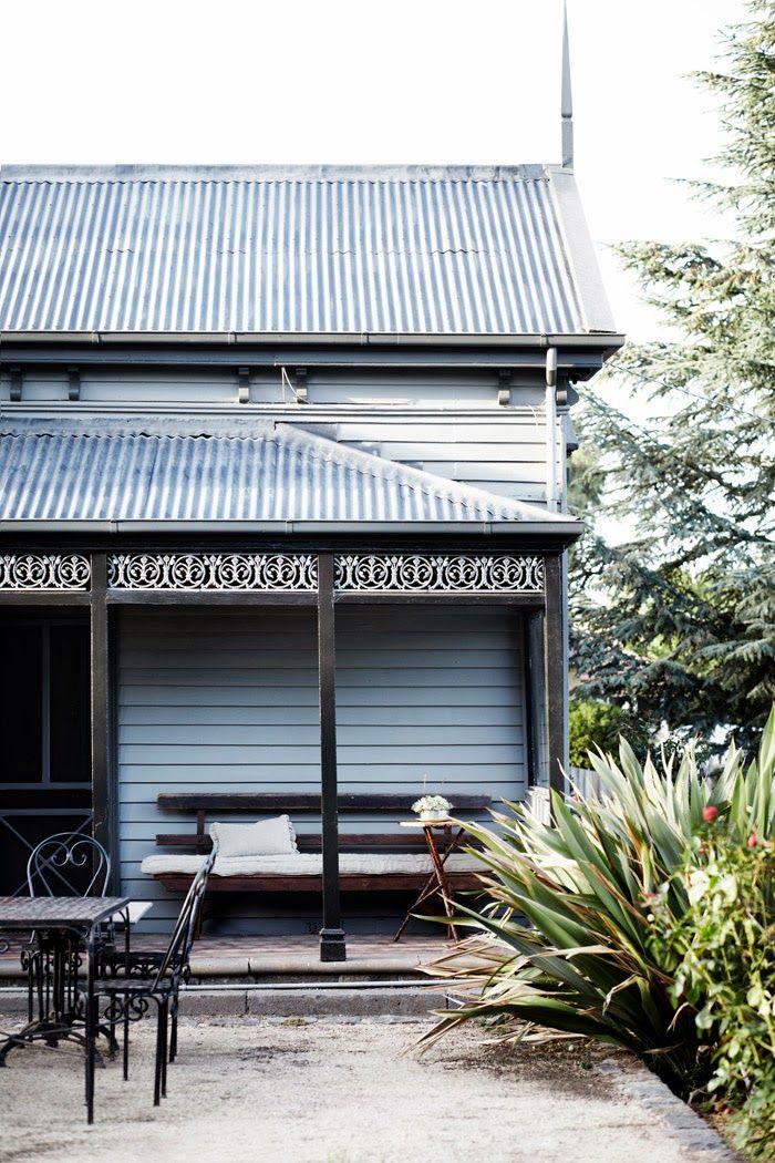 A country retreat in Kyneton, Australia Ellis House. Photo by Sharyn Cairns.