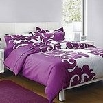 Love the bedsheet, goes well with my fuschia wall