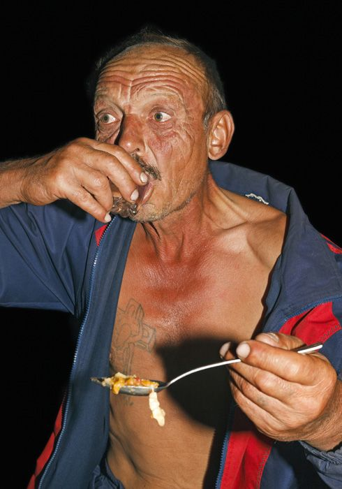 "Kirill Golovchenko, ""Bitter Honeydew"", Grand Prix Fotofestiwal 2014, www.fotofestiwal.com"