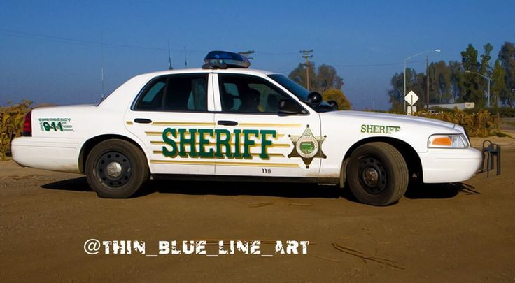 Tulare County Ca Sheriff Department Crown Victoria's. #ford #crownvic #crownvictoria #crownvictoriapoliceinterceptor #cvpi #p71 #spotlights #lightbar #pushbar #centercaps #police #policecar #sheriff #sheriffcar #highwaypatrol #statepolice #statetrooper #thinbluelineart #thinblueline #supportlawenforcement #supportourlawenforcement #backtheblue #lawenforcement #Cali #california #tulare #tulareca #tularecounty #tularecountysheriff by thin_blue_line_art