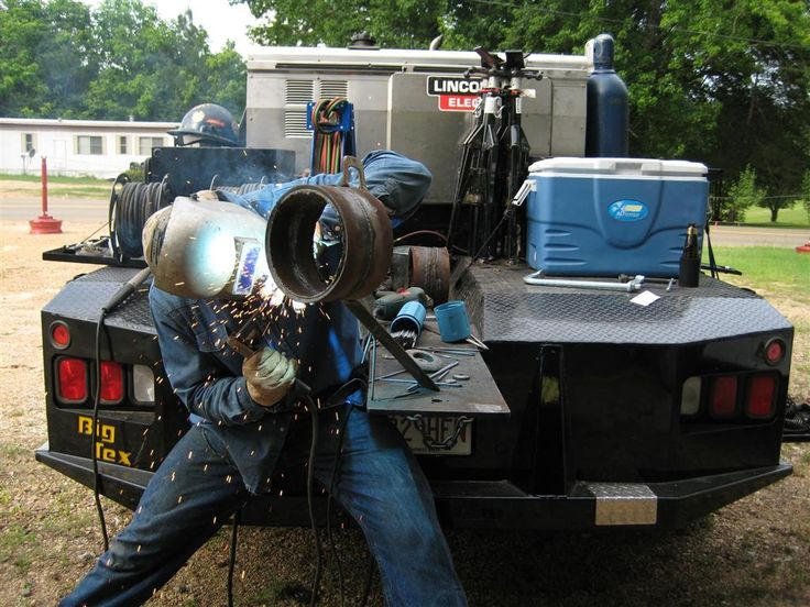 how to get a pipeline welding job