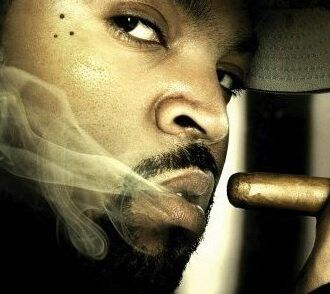 Ice Cube with a cig!