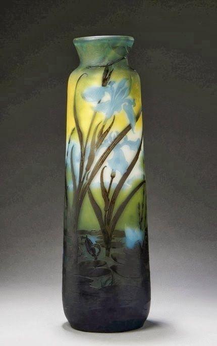 Mile gall vase en verre multicouche au paysage lacustre for Decoration vase en verre