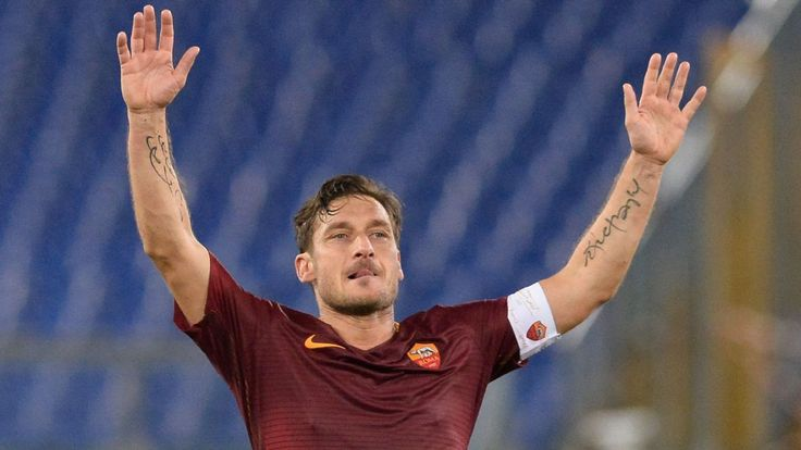 Chaotic end to Totti's days at Roma as Spaletti endures witch hunt over No.10