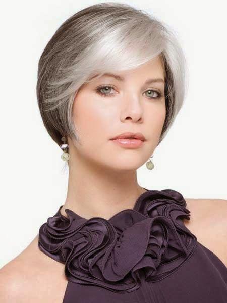 cortes de pelo corto mujeres jovenes con canas                                                                                                                                                      Más