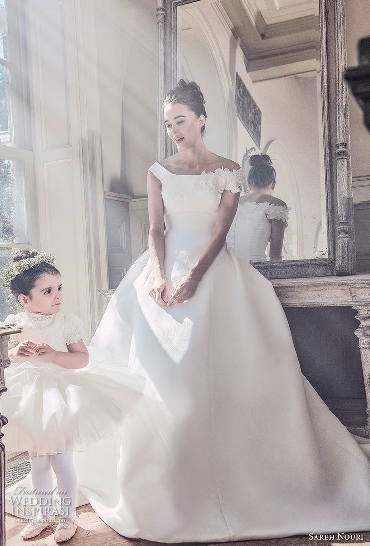 5769 best Brautkleider images on Pinterest | Wedding frocks, Short ...