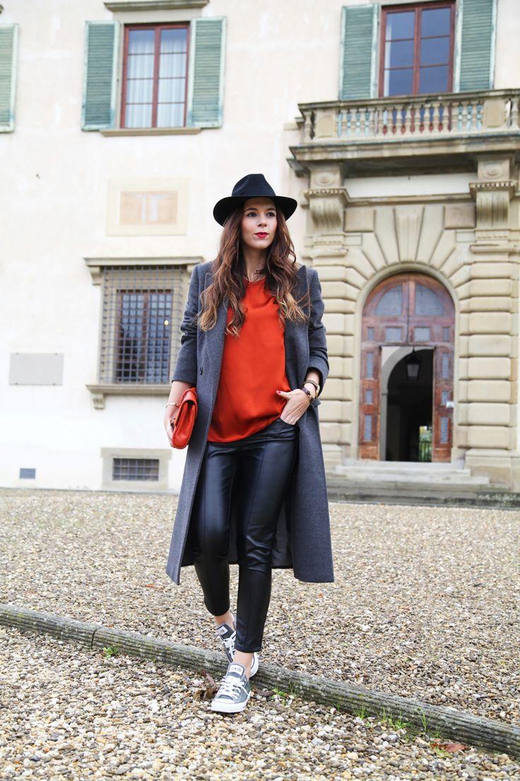 Idealny outfit na wczesną wiosnę. 5 gwiazdek za połączenie kolorów i styli!