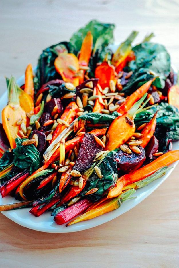 Roasted Carrot & Beet Salad | 18 Fall Salads You Need In Your Life Right Now