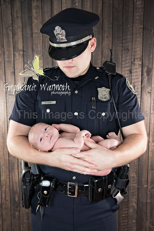 Newborn photography; Police officer; uniform      www.stephaniewarmoth.com  www.facebook.com/stephaniewarmothphotography