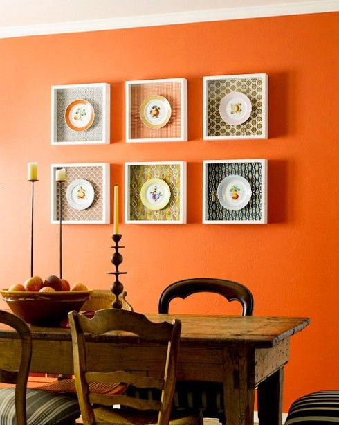 Now that's how to make plates on the wall contemporary!