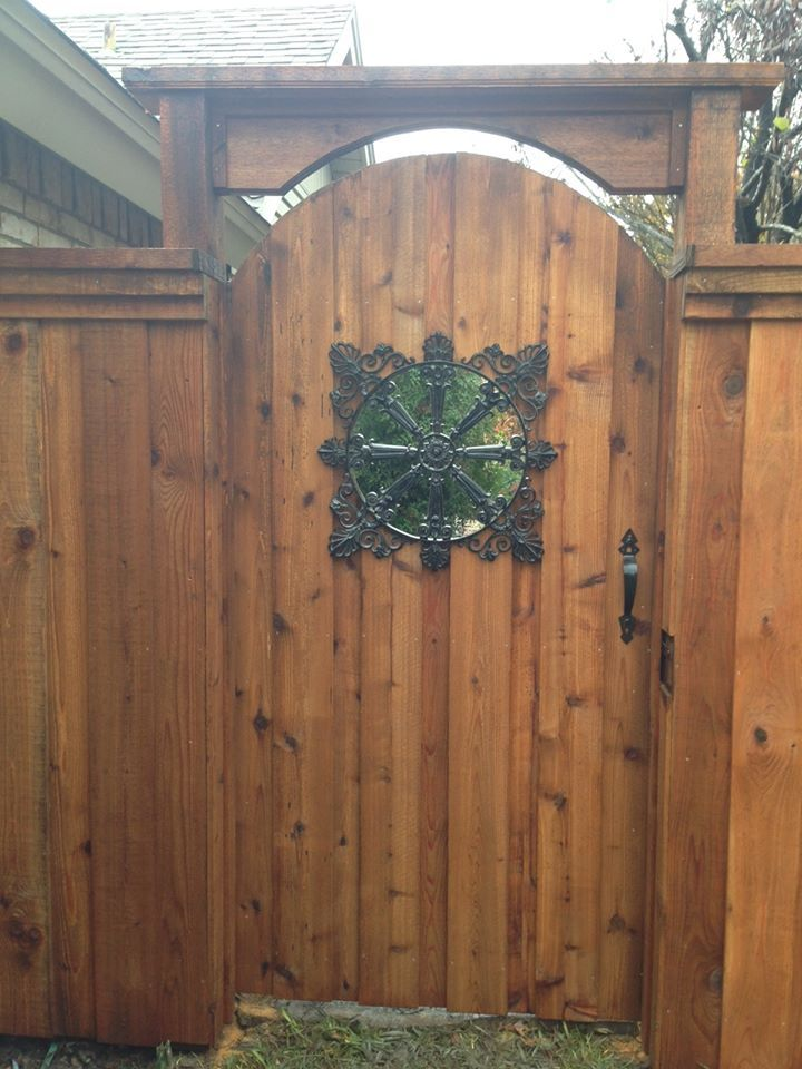 Best 25+ Wood fence gates ideas on Pinterest | Side gates ...