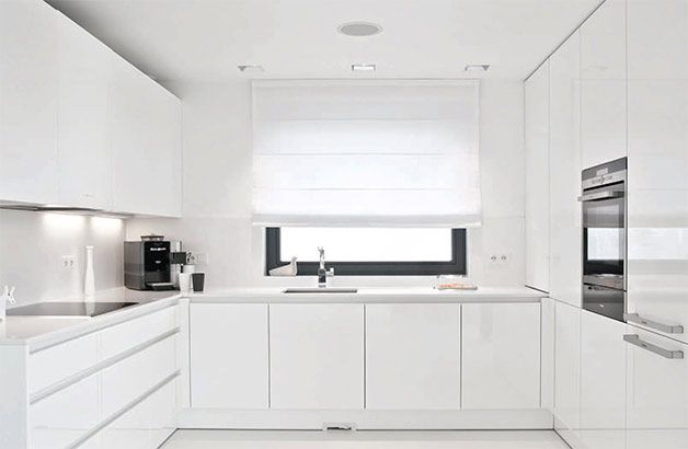 PULVA, minimalistic, interior design, minimal, modern, materials, home, homestyle, house, dom, light, details, texture, white, pure, black, kitchen