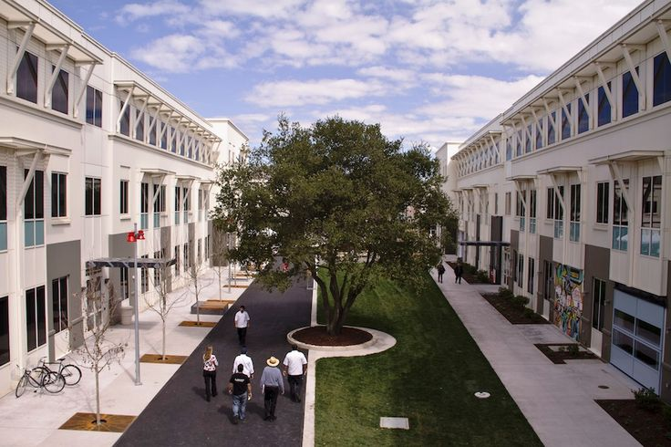 art campuses   ... -the-courtyard-of-facebooks-menlo-park-campus-its-on-1601-willow-road