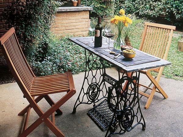 alte m bel neu gestalten die alte n hmaschine als vintage m bel garten pinterest. Black Bedroom Furniture Sets. Home Design Ideas