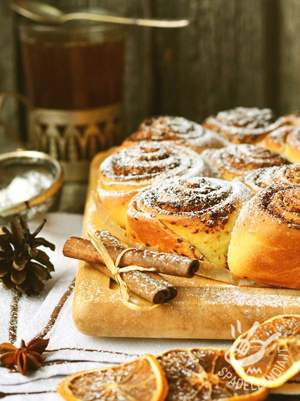 Torta di rose al cioccolato e semi di papavero - Dessert / Torte e crostate #tortadirose