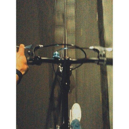 Just ride. Berlin wall