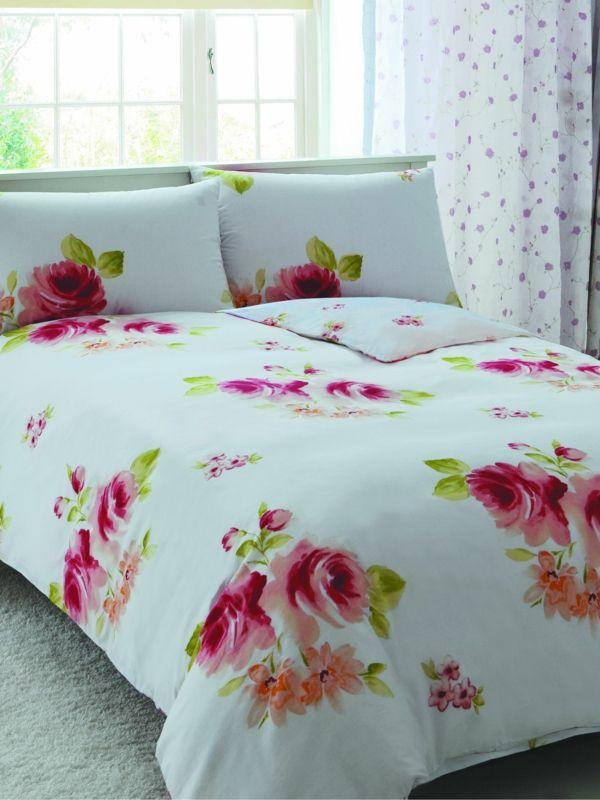 bettw sche mit rosen m belideen. Black Bedroom Furniture Sets. Home Design Ideas