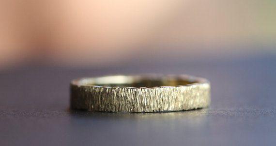 Wedding Band/Yellow Gold K14 Wedding Ring/Hammered ring/