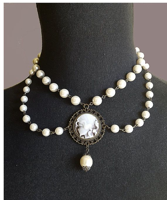 Collar perlas,Gargantilla camafeo,Gargantilla perlas,Collar victoriano, Joyería Victoriana, Regalo para ellas, Collar babero, Joyería perlas
