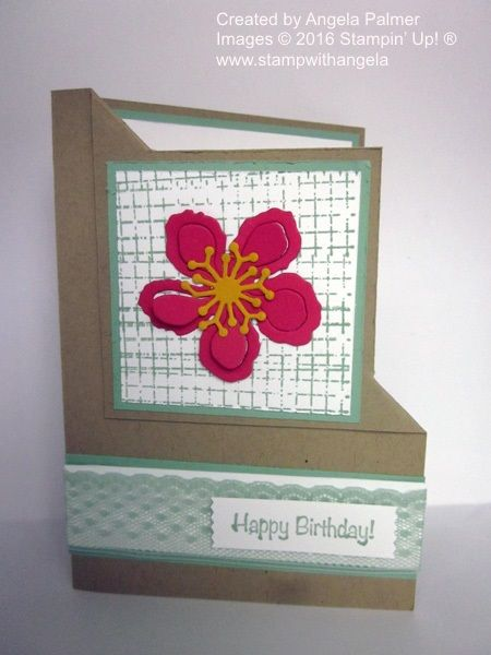 This is a corner flip card features the Botanical Builder Framelits Dies. The background behind the flower is created with a stamp from Timeless Textures. The colours used are Crumb Cake, Mint Macaron, Melon Mambo and Crushed Curry.