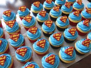 Superman cupcakes