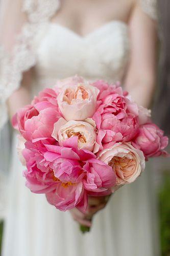 Biedermeier van Pioenen #wedding #bruiloft #rose #pink #bloemsierkunsthaasjes