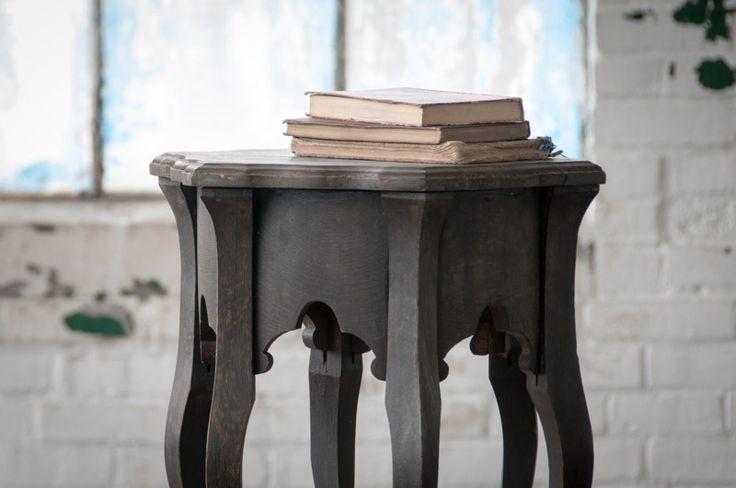 Vintage Eastlake Pembrooke Occasional Table : Factory 20