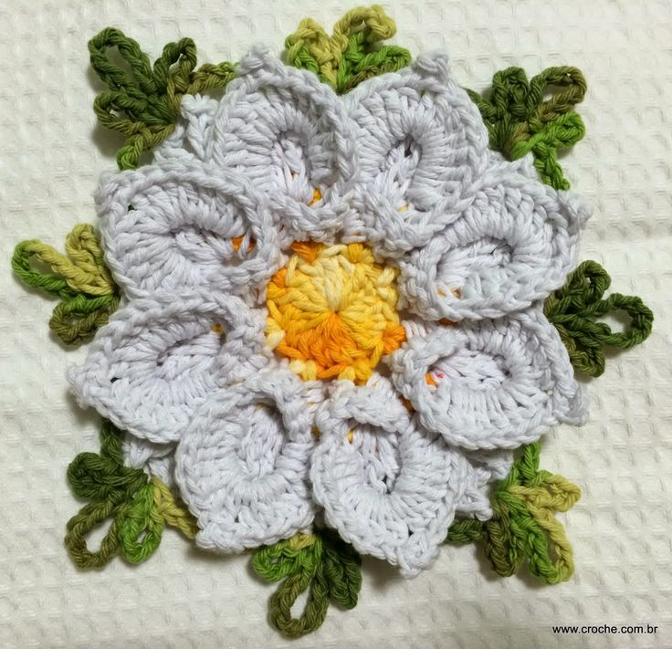 Flor+margarida+bicuda+passo+a+passo+-+www.croche.com+(50).JPG (1600×1546)
