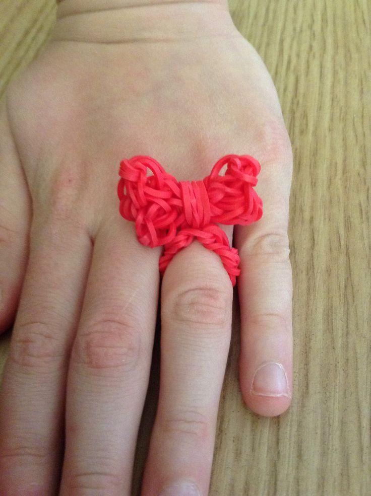 Mijn loom ring - bow ring