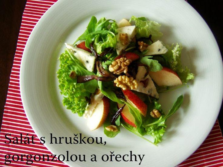 TynaTyna: Salát s hruškou, gorgonzolou a ořechy