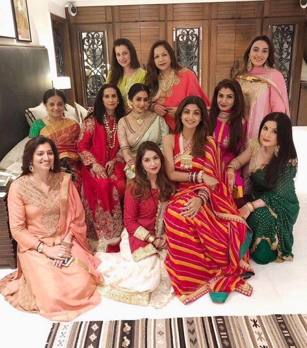 #KarwaChauth Oct 8, 2017: Sridevi, Raveena Tandon, Shilpa Shetty, Neelam look radiantly beautiful for their Karwa Chauth – view pic So we have popular actresses like Sridevi, Shilpa Shetty, Raveena Tandon and Neelam coming together along with their common friends, Bhavana Pandey, Laali Dhawan, Maheep Kapoor and others, to celebrate Karwa Chauth. @bollywoodlife #Bollywood Festive Fashion via @sunjayjk