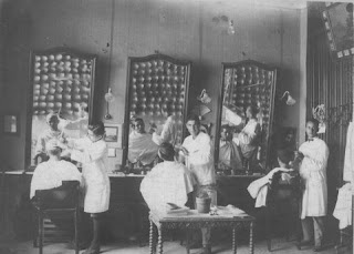 Fotos de antiguas peluquerias de los años 1900 -1930: Barbers Foto