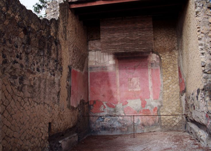 Herculaneum - Casa del Grande Portale   by Paul 'Tuna' Turner